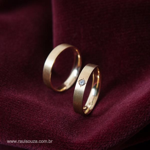 AL007 – Alianças Anatômicas com Diamante – R  2.750,00 – Raul Souza ... 680031f661